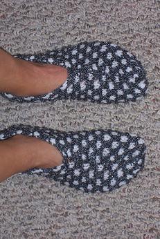 Knitting Pattern Slip On Slippers : knitting
